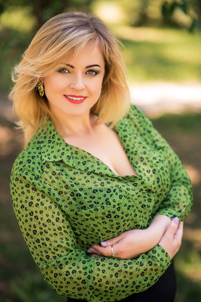 Nataliya 41 years old Ukraine Nikolaev, Russian bride profile, russian-brides.dating