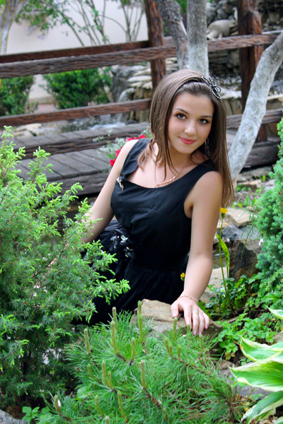 Angelina 27 years old Ukraine Vinnitsa, Russian bride profile, russian-brides.dating