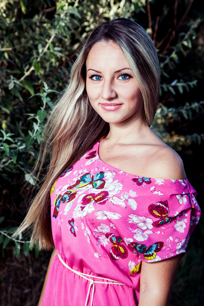 Anastasiya 28 years old Ukraine Nikolaev, Russian bride profile, russian-brides.dating