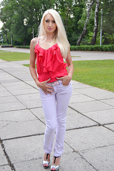 Yuliya 35 years old Ukraine Odessa, Russian bride profile, russian-brides.dating