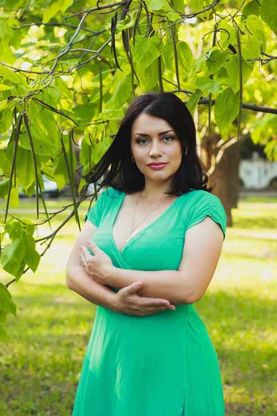 Elena 34 years old Ukraine Nikolaev, Russian bride profile, russian-brides.dating