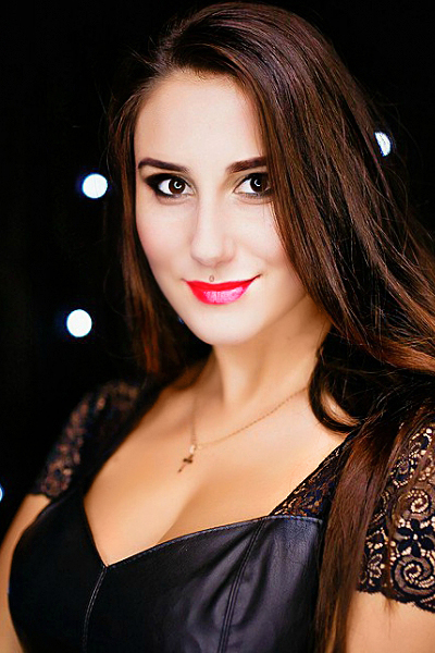 Yana 25 years old Ukraine Dnipro, Russian bride profile, russian-brides.dating