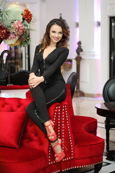 Elena 39 years old Ukraine Lvov, Russian bride profile, russian-brides.dating