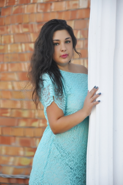 Karina 26 years old Ukraine Nikolaev, Russian bride profile, russian-brides.dating