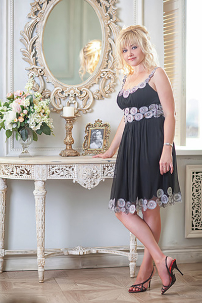 Anzhelika 46 years old Russia Saint-Petersburg, Russian bride profile, russian-brides.dating