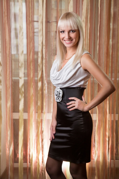 Aleksandra 28 years old Ukraine Zaporozhye, Russian bride profile, russian-brides.dating
