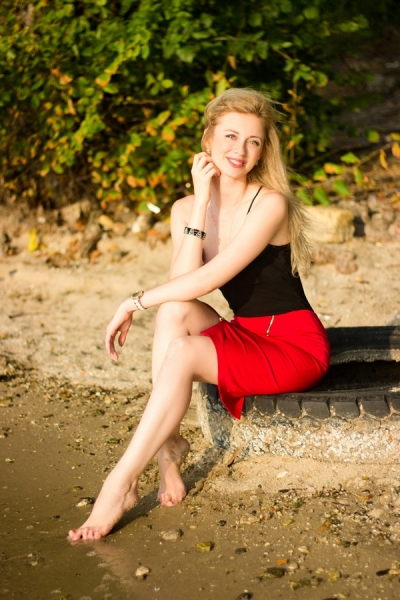Inna 33 years old Ukraine Nikolaev, Russian bride profile, russian-brides.dating