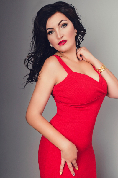 Yuliya 33 years old Ukraine Mariupol, Russian bride profile, russian-brides.dating