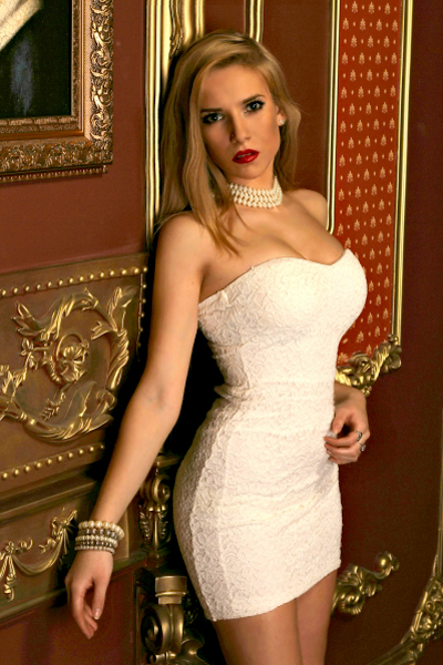 Irina 26 years old Ukraine Kiev, Russian bride profile, russian-brides.dating