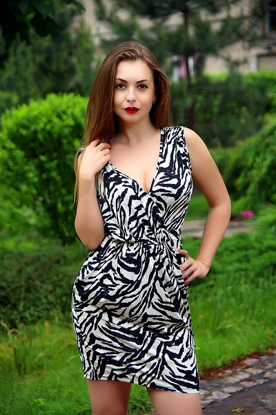 Irina 40 years old Ukraine Zaporozhye, Russian bride profile, russian-brides.dating