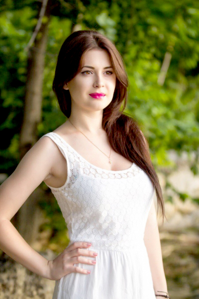 Aleksandra 25 years old Ukraine Nikolaev, Russian bride profile, russian-brides.dating