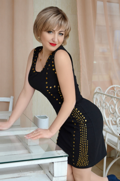 Alina 32 years old Ukraine Nikolaev, Russian bride profile, russian-brides.dating