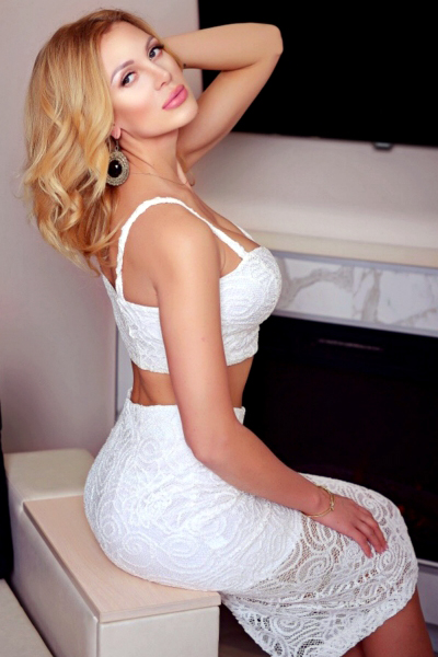 Tatyana 28 years old Ukraine Kiev, Russian bride profile, russian-brides.dating