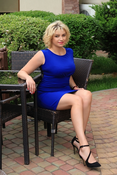 Zaryana 44 years old Ukraine Lvov, Russian bride profile, russian-brides.dating