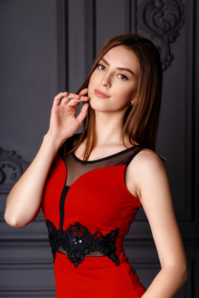 Yana 23 years old Ukraine Zaporozhye, Russian bride profile, russian-brides.dating